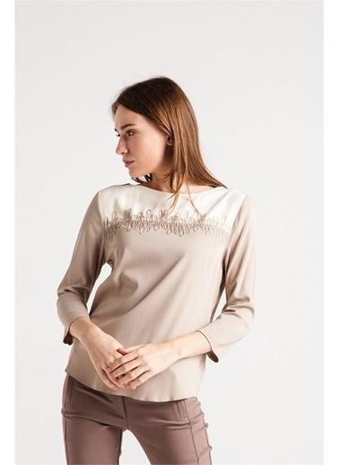 Love'n Fashion Paris Nakış Detaylı Bluz Vizon